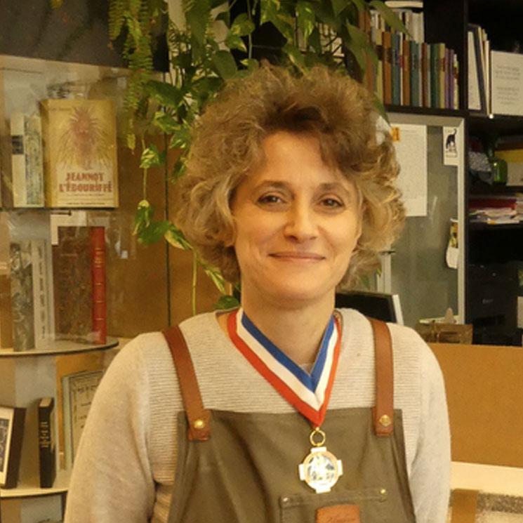 Nathalie Lemaître, relieur, Meilleur Ouvrier de France